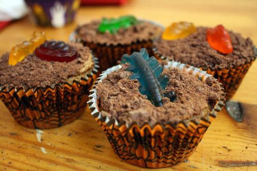 Pumpkin Nightcrawler Cupcakes | Newsletter