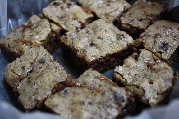 recipe for sweet and salty bourbon blondies - image 1