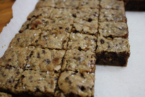 recipe for sweet and salty bourbon blondies - image 7